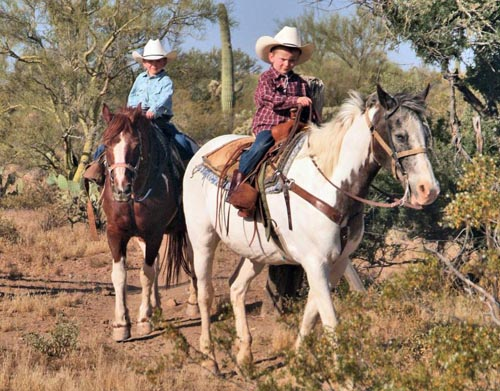 Children-riding-at-White-Stallion-Ranch
